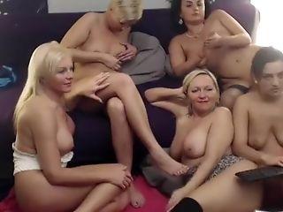 Blondýnky, Brunetky, Skupinový Sex, škubání, Lesbičky, Masturbace,