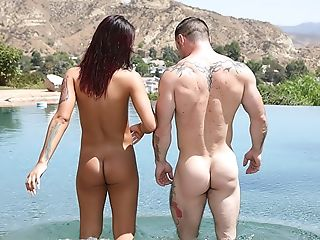 Anal Sex, Brunette, Hardcore, Outdoor, Pussy, Shemale,