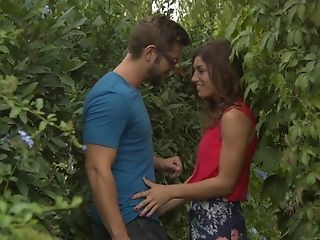 Blowjob, Clothed Sex, European, Kissing, Nature, Outdoor, Romantic, Spanish, Story, White,